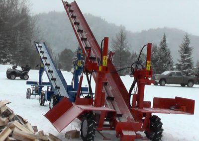 3 machines conveyor high 11 400x284 Overview Gallery, Firewood Splitter, Log Lift